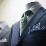 男性の結婚式スーツの服装はポケットチーフで差をつける!!