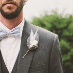 結婚式のスーツはグレーがおすすめの理由&おしゃれなコーディネート実例